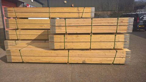 kite-marked 13ft new scaffold boards